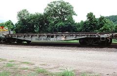 UP 905531 (Chuck Zeiler) Tags: up 905531 railroad flatcar freight car flat cotter train chuckzeiler chz