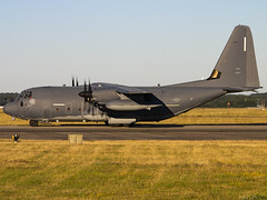 United States Air Force | Lockheed Martin MC-130J Hercules | 12-5757 (Bradley's Aviation Photography) Tags: unitedstatesairforce lockheedmartinmc130jhercules 125757 c130 usaf mhz mildenhall rafmildenhall egun canon70d