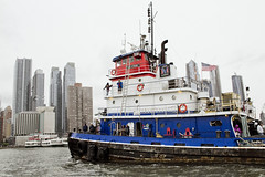 r_180909090_beat0075_a (Mitch Waxman) Tags: 2018greatnorthrivertugboatrace hudsonriver manhattan tugboat workingharborcommittee newyork