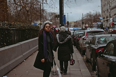London, 2017 (TheJennire) Tags: photography fotografia foto photo canon camera camara colours colores cores light luz young tumblr indie teen adolescentcontent london england 2017 50mm candid cold winter europe eurotrip girl sister fashion street wind trip