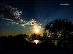 Φανταστικό Ηλιοβασίλεμα στο Καλοχώρι Θεσσαλονίκης  !!! (Spiros Tsoukias) Tags: hellas ελλάδα ηλιοβασίλεμα ήλιοσ ουρανόσ σύννεφα φύση διακοπέσ μακεδονία greece sunset sun sky clouds nature holidays macedonia grece coucherdesoleil soleil ciel nuages vacances macedoine griechenland sonnenuntergang sonne himmel wolken natur ferien mazedonien grecia puestadelsol sol cielo nubes naturaleza vacaciones tramonto sole nuvole natura vacanze griekenland zonsondergang zon hemel natuur vakantie macedonie λιμνοθάλασσα καλοχώρι εθνικόπάρκο δέλτααξιού γαλλικόσ λουδίασ αλιάκμονασ θεσσαλονίκη water ποτάμια rivers πουλιά φλαμίγκο