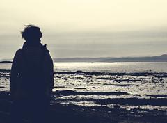 cheveux au vent (photosgabrielle) Tags: photosgabrielle people sea fleuvestlaurent basdufleuve monochrome