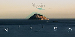 ss.View: Litlle World (Biissio) Tags: biissio soundscape soundsensations imaginaryoneiric vice altocontraste bee honey honeyfortheeyes musicinspiresme memory visual records redblue noise nature view panoramic pattern rhythm nitido island insolate