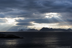 Sun Rays over Lofoten (www.davidbaxendale.com) Tags: sun beams rays sunset dusk lofoten islands noway arctic landscape