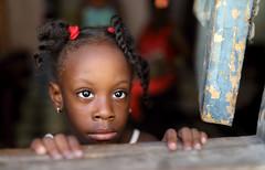 Cuba 2018 (mauriziopeddis) Tags: portrait ritratto cuba caribe modella model face viso girl window caraibi people tribe tribal black nero eyes canon reportage havana habana avana