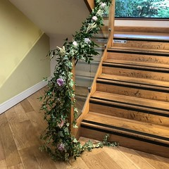 A wonderful way to decorate the stair case at Moddershall oaks is with this garland. Available in any colour to match your wedding. #moddershalloakswedding #moddershalloaks #parsleyandsagewedding #garland #florals #finishingtouches #floraldesigner #flower (parsleyandsage11) Tags: garland weddingseason shoplocal wedding2018 weddingbells florals finishingtouches moddershalloakswedding supportsmallbusiness moddershalloaks floraldesigner flowermagic foilage flowersofinstagram flowerlove parsleyandsagewedding floristsofinstagram weddinginspo weddingflowers
