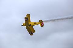 IMG_8180 (micro_lone_patriot) Tags: wwiiweekend bückerjungmeister jerrywells plane aerobatics flight reading n72cl