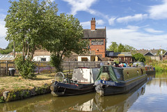 The Foxley (Kev Gregory (General)) Tags: the foxley near milton stoke stokeontremt pub hotel public house caldon canal staffordshire narrow boats narrowboats hairy head summer kev gregory canon 7d water picturesque