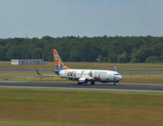 TC-SNY - Boeing 737-8K5 (Digi-Joerg) Tags: internationalerverkehrsflughafen berlintegel txl sunexpress boeing737 ersterflug31071997 heimatflughafenantalya tc turkey