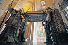 Tomb of Columbus, Seville Cathedral (nikidel) Tags: sevilla spain europe tourist tourism sights unesco castel cathederal seville plaza españa square alcázar roal palace casa pilatos giralda maestranza toros