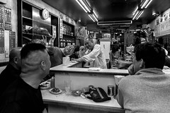 © Zoltan Papdi 2018-3387 (Papdi Zoltan Silvester) Tags: japon japan tokyo réel rue vie gens humain voyage journalisme real street life people human trip journalism paysage vue pointdevue landscape view pointofview groupe group shinjuku