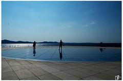 Walk on the sun salutation (Johannes Haupt) Tags: spaziergangaufdemsonnengrus spiegel solar solarenergie zadar kroatien silhouette walkonthesunsalutation mirror solarenergy croatia
