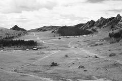 Gorkhi-Terelj National Park, Mongolia (bm^) Tags: travel gorkhitereljnationalpark tov mongolië mongolia mn planart1450 carlzeiss nikon d700 nikond700 zeiss planar5014zf mountain road unpaved mountains montagne montagnes berg bergen nature weg pad wegen roads