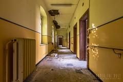 carmel de la réparation-0129 (Under The Dust) Tags: urbex couvent convent carmel abandonne religious