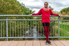 Dotted Rays Shawl (karlheinz klingbeil) Tags: knit schal stricken menintights gestricktes collant dottedray fashion tights knitting shawl mode manninstrumpfhose strumpfhose