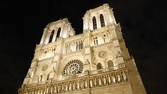 Notre-Dame (mireiatarres) Tags: paris noche night luces arquitectura building