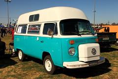 Kombi Kamper (Darren Schiller) Tags: dubbo volkswagon kombi van camper blue newsouthwales automobile car wheels