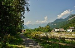 Bergen, Hausen bei Meiringen. (limburgs_heksje) Tags: zwitserland schweiz swiss berner oberland hausen brünigg pass