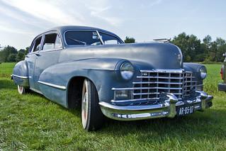 Cadillac Touring Sedan 1946 (8677)