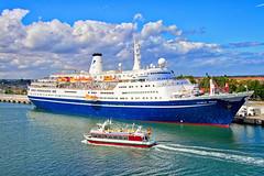 "Warnemünde - Kreuzfahrtschiff ""Marco Polo"" (www.nbfotos.de) Tags: warnemünde rostock hafen kreuzfahrtschiff marcopolo schiff ship mecklenburgvorpommern"