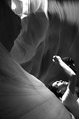 (alestaleiro) Tags: amazed nature antilopecanyon arizona page alaindavid portrait retrato mono mnochrome monocromo bianconero cave coloradoriver erosion dhapes natura natrue natureza alestaleiro