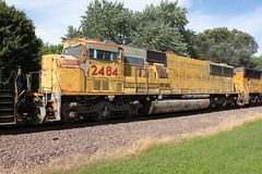 Chart topper in Rochelle (MILW157) Tags: union pacific up sd60m rochelle railroad park train emd