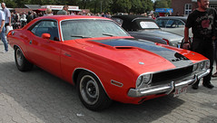 Challenger (Schwanzus_Longus) Tags: cloppenburg german germany us usa america american old classic vintage car vehicle coupe coupé muscle musclecar dodge challenger