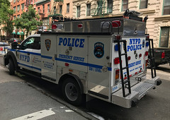 NYPD Emergency Service Squad Boy 1, 2017 Ford F-550 (NY's Finest Photography) Tags: highway patrol state nypd fdny ems police law enforcement ford dodge swat esu srg crc ctb rescue truck nyc new york mack tbta chevy impala ppv tahoe mounted unit service squad dcu
