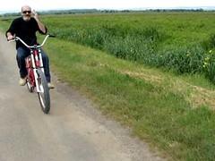 Vélo chopper électrique ELECTRA avec Lady Gaga ma copine (Novovelo) Tags: arts bandeannonce bike court cruiser electra electric electrique et hellbilly métrage spectacles vae vélo