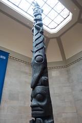Black totem pole (quinet) Tags: 2017 canada ontario rom royalontariomuseum toronto museum musée naturalhistory 124