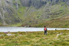 To the Lake (MrHRdg) Tags: wales northwales gwynedd snowdonianationalpark yrwyddfa conwyvalley dyffrynconwy devilskitchen twlldu llynidwal cwmidwal
