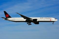 C-FITU (Air Canada) (Steelhead 2010) Tags: aircanada boeing b777 b777300er yyz creg cfitu