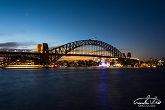 Sydney Harbour Bridge (Theo Crazzolara) Tags: sydney australia australien newsouthwales backpacking travel traveling harbour bridge sydneyharbourbridge harbourbridge sunset sonnenintergang night evening architecture
