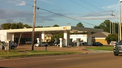 The Jinx (Retail Retell) Tags: shell gas fuel station remodel canopy refresh circle k convenience store car wash center hernando ms commerce street desoto county retail update new look 2018 branded reremodel bland brown beige tan boring classy upscale forgettable reskin