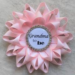 Pink baby shower pins! https://t.co/trVx8z6i65 #etsy #baby #love #gift #babyshower https://t.co/eleYSjzuzA (petalperceptions.etsy.com) Tags: etsy gift shop fashion jewelry cute