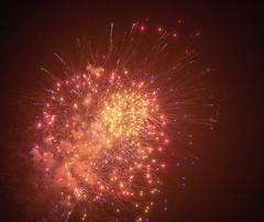 Fireworks light up the Manasquan sky in honor of Labor Day, 9/2/2018. (apardavila) Tags: jerseyshore laborday manasquan manasquanbeach fireworks night nightphoto nightphotography sky