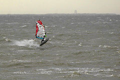 Stormy weather on the river Ems - the windsurfers like it! (Manfred_H.) Tags: northsea nordsee storm sturm wellen waves windsurfing