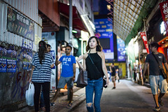 Street Style (人間觀察) Tags: leica m240p leicam leicamp hong kong street photography people candid city stranger mp m240 public space walking off finder road travelling trip travel 人 陌生人 街拍 asia girls girl woman 香港 wide open voigtlandernokton3512 35mm f12 voigtlander