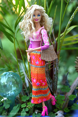 boho girl (photos4dreams) Tags: photos4dreams p4d photos4dreamz barbie doll dress mattel toy barbies girl play fashion fashionistas outfit kleider mode photoshoot outdoor red rot kleid