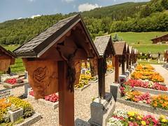 La Gruyère - Jaun / Ref.02340 (FRIBOURG REGION) Tags: suisse switzerland schweiz fribourgregion fribourgrégion lagruyère jaun grandtourdesvanils été sommer summer préalpes voralpen prealps alpes alpen alps montagne mountains berge cemetryofjaun cimetièredejaun friedhofvonjaun freiburg ch
