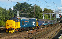 37424 Norwich (chris_p_boon) Tags: drs 37424 37405 norwich greateranglia shortset vulcan avrovulcan xh558 class37 tractor