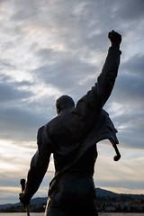 Freddie (Yo Gui) Tags: freddie mercury statue nuage montreux ciel