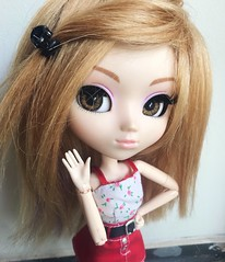 lacey - pullip hk (angelwxngs) Tags: obitsu lacey junplanning planning jun jp sanrio hellokitty kitty hello hk doll pullip