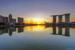 PAINTER (ChieFer Teodoro) Tags: canon 6d 1635mm lee filter graduated neutral density proglass arca swiss gitzo gt2541 landscape cityscape sunrise marina reservoir singapore bay sands flyer
