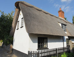 Dalham Thatch @ Suffolk (Adam Swaine) Tags: cottage cottages villagecottage englishcottage thatchedcottage thatched eastanglia ruralvillages rural suffolkvillages suffolk beautiful canon castlespalacesmanorhousesstatleyhomescottages uk ukcounties ukvillages counties britain british