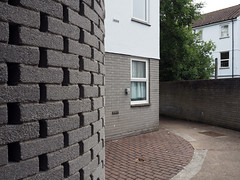 walls (chrisinplymouth) Tags: wall brick corner courtyard socialhousing housingestate plymouth devon england uk city cw69x xg