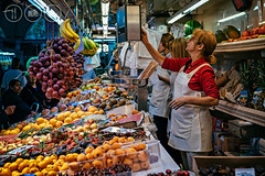 Measurements (Adrian Court LRPS) Tags: architecture centralmarket food fruit greengrocer market mercadocentral mercatcentral people scales shopping spain stallholder stalls topaz valencia comunidadvalenciana es