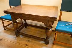 Antique table in Rembrandt House (quinet) Tags: 2017 amsterdam antik netherlands rembrandthouse ancien antique museum musée northholland neterlands 528