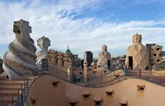 20151126_091618 (xd_travel) Tags: spain barcelona nov2015 casamila gaudi lapedrera architecture modernism roof chimney