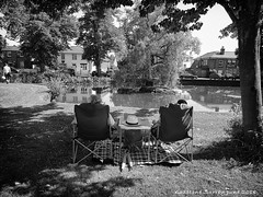 Lazy Sunny Afternoon (bensonfive) Tags: picknic sunnyafternoon blackwhitephotography samsungs7 surrey